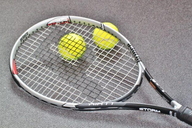 Jak wybrać rakietę tenisową?